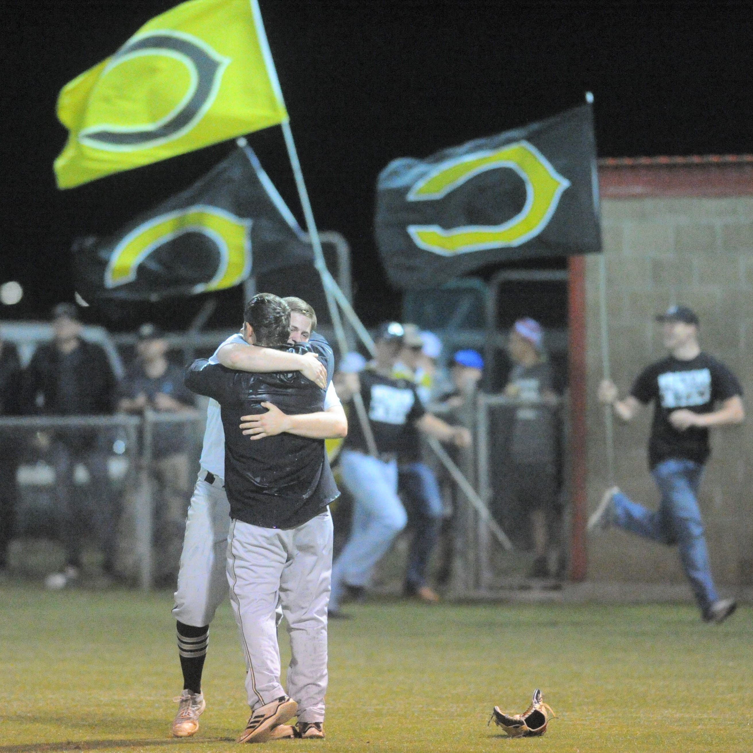 Clyde baseball comes back to top Jim Ned, clinches fourth-straight district title