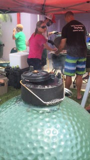 Chefs fire up the Big Green Eggs at a past Sunshine State Eggfest.