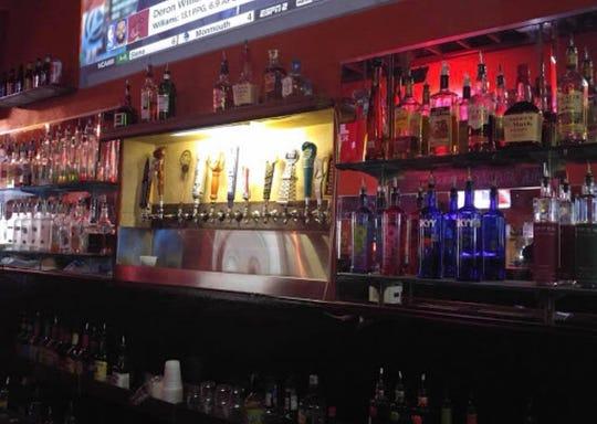 Flanagan's Downtown bar