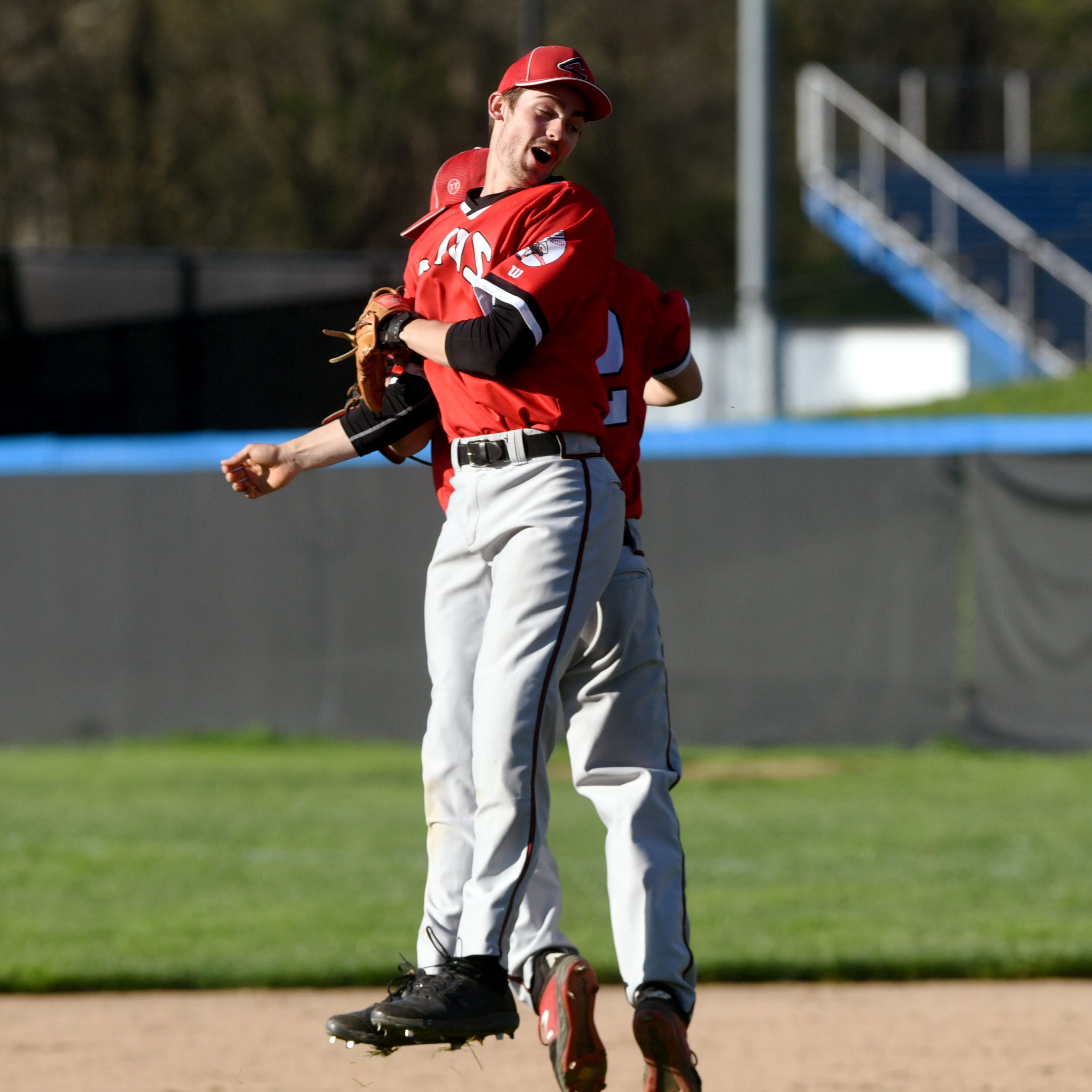 Escape act: Coshocton baseball staves off Zanesville