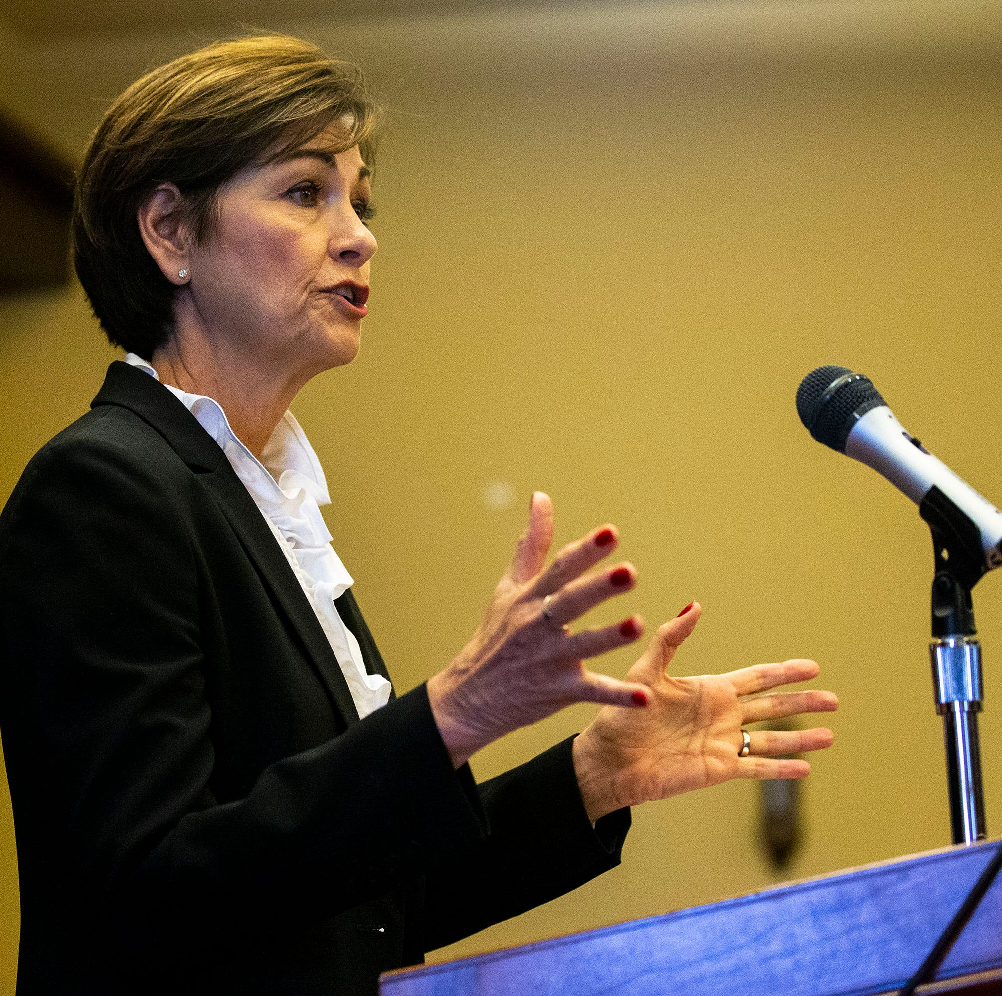 Kim Reynolds signs bill giving governors more power over Iowa Supreme Court selection