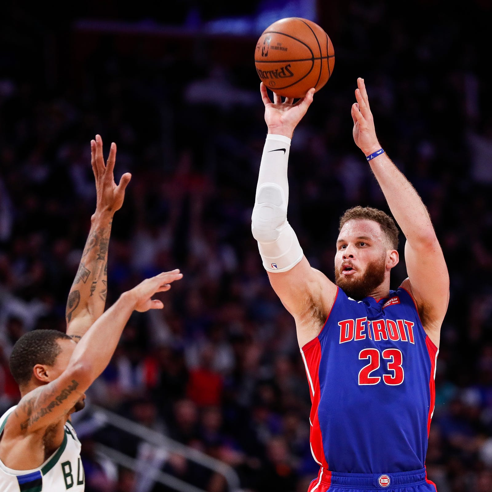 Detroit Pistons' Blake Griffin has surgery on injured knee