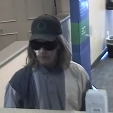 Fort Myers police release image of Fifth/Third Bank robbery suspect