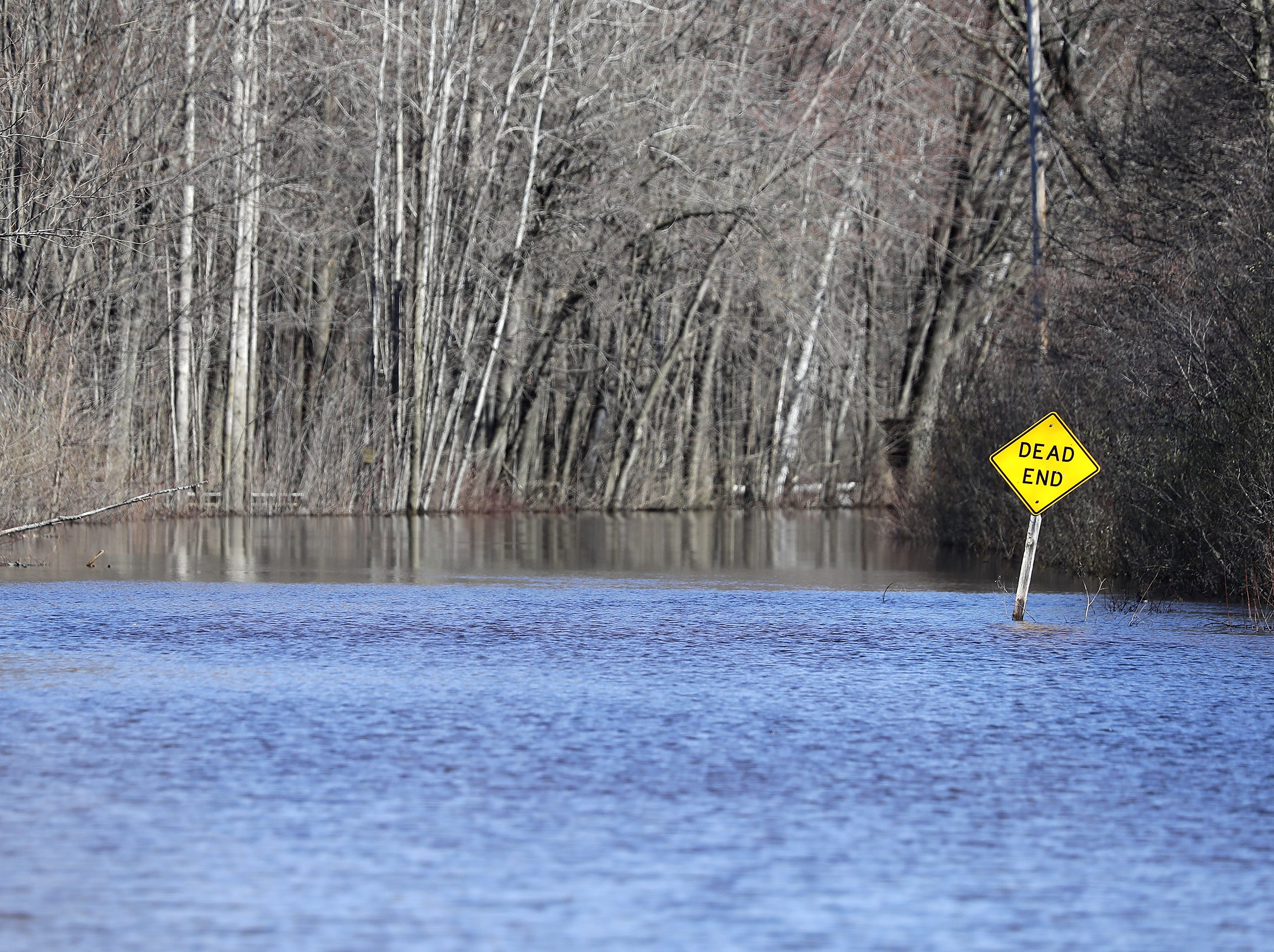 La Marche Rd. is under water during flooding along the Wolf River on Tuesday, April 23, 2019, in Shiocton, Wis.  Wm. Glasheen/USA TODAY NETWORK-Wisconsin.