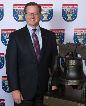 AutoZone chief financial officer Bill Giles, who also serves as executive vice president of finance and information technology, customer satisfaction, was elected President of the 2019 Liberty Bowl