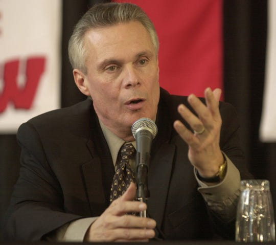 Bo Ryan speaks at the press conference introducing him as head men's basketball coach at Wisconsin on March 29, 2001.