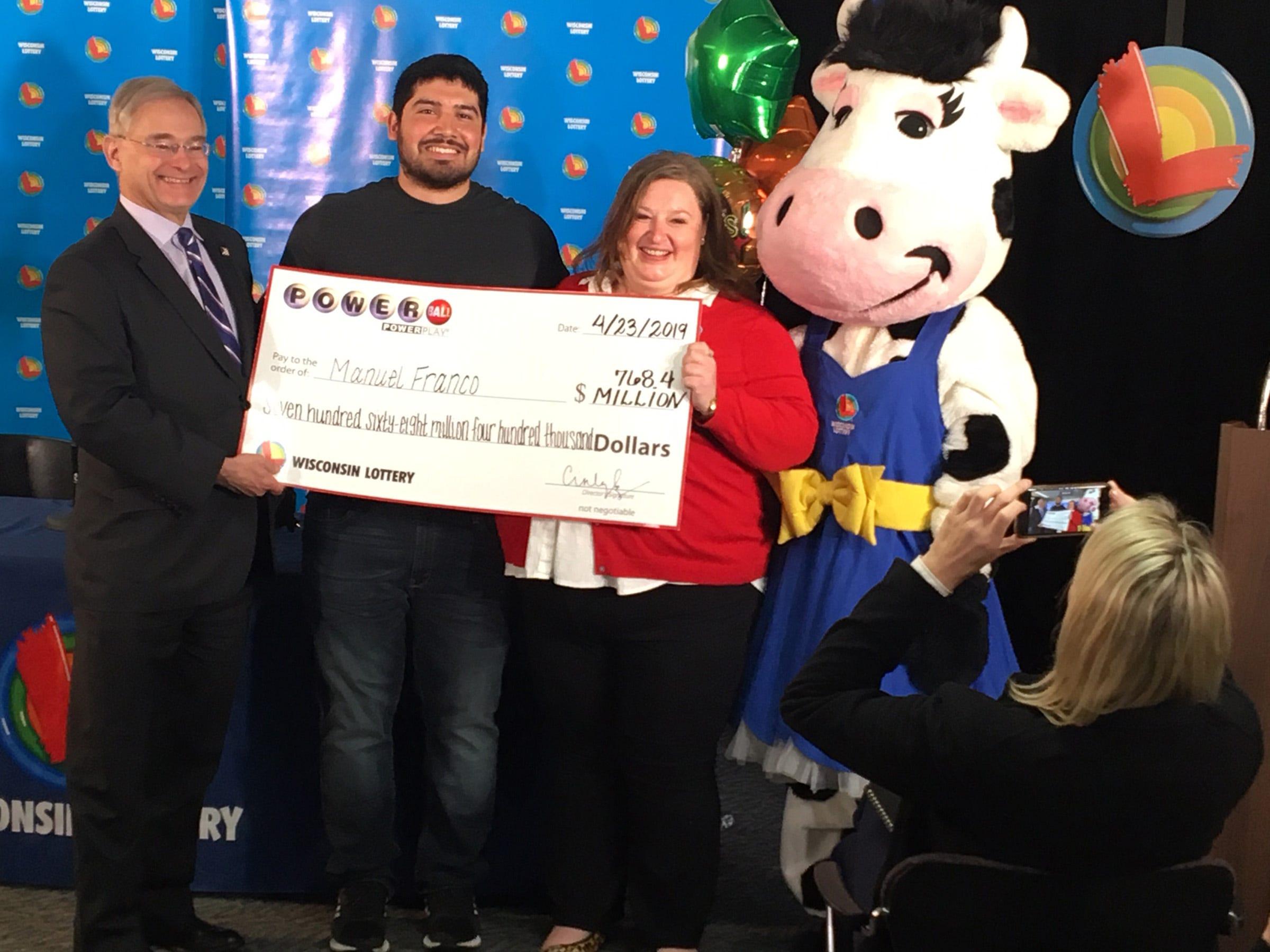 Milwaukee area man, 24, wins $768 million Powerball jackpot, 'felt lucky' buying ticket