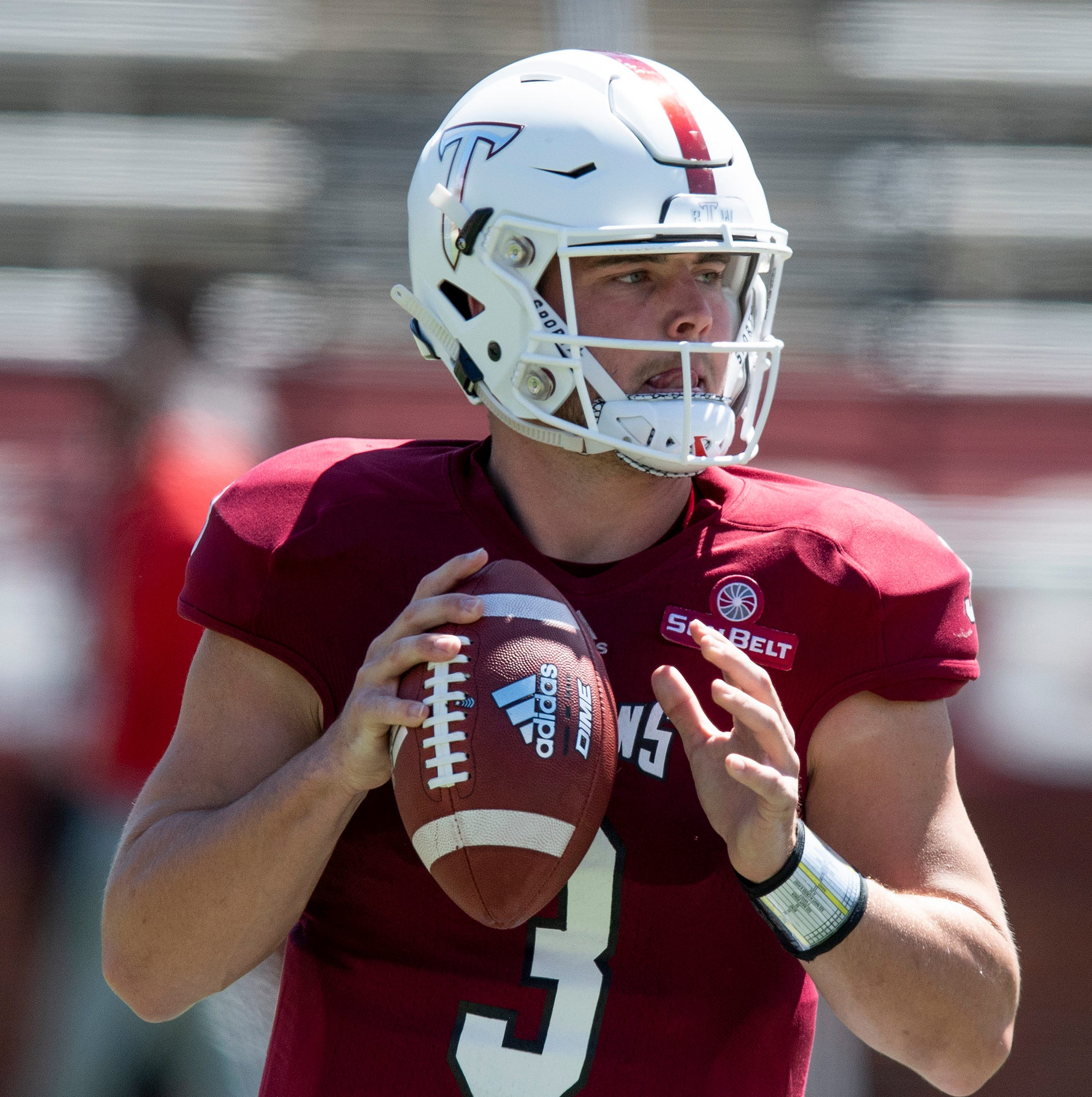 Troy graduate transfer quarterback Sawyer Smith commits to Kentucky football