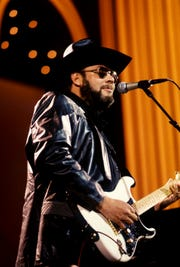 """Entertainer of the Year Hank Williams Jr. holds forth during his solo of the """"from honky-tonk to rock 'n' roll"""" segment of the CBS two-hour """"A Country Music Celebration: The 30th Anniversary of the Country Music Association"""" special at the Grand Ole Opry House Jan. 7, 1988."""