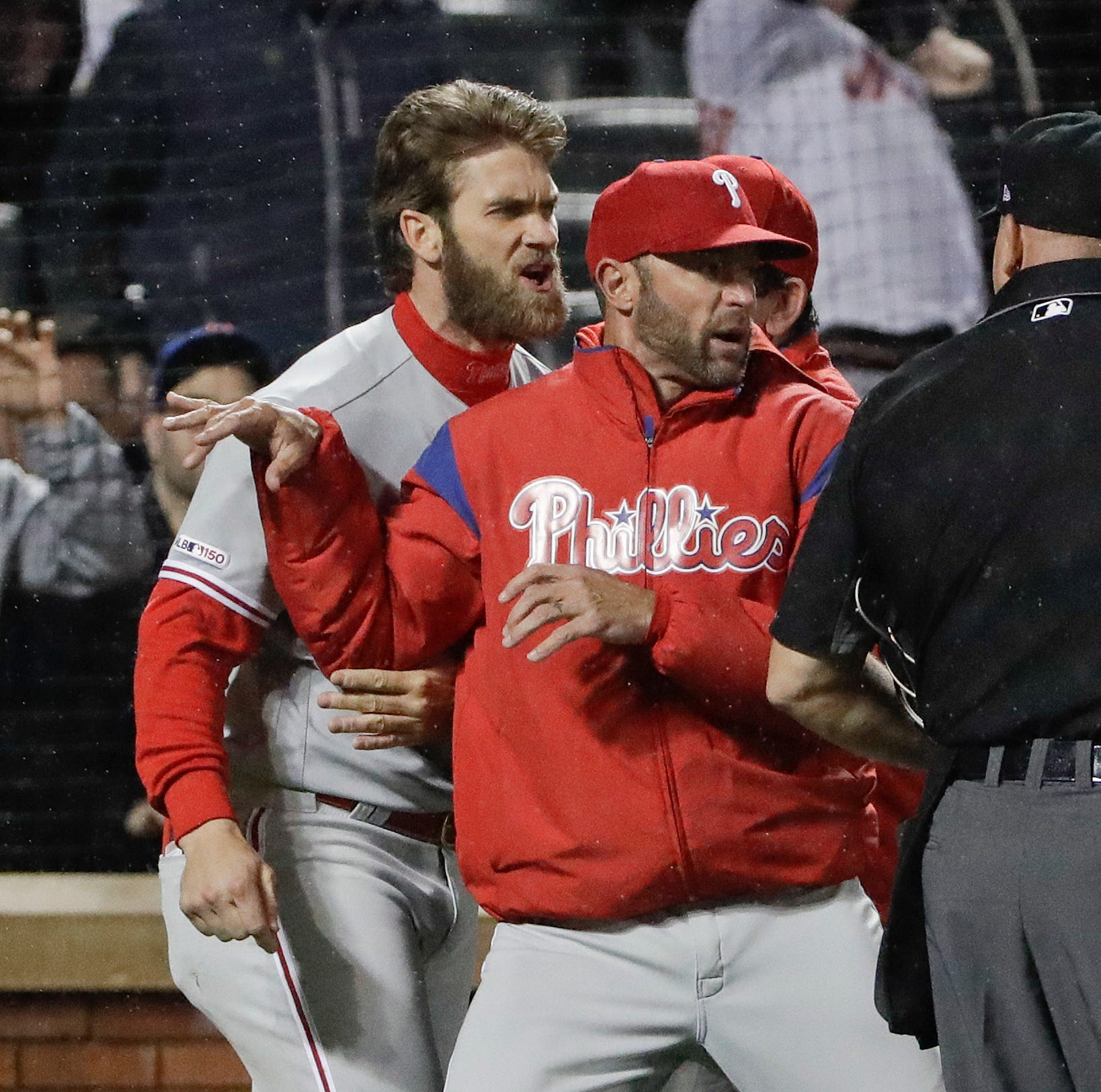 Bryce Harper ejected after tantrum in Phillies loss to Mets