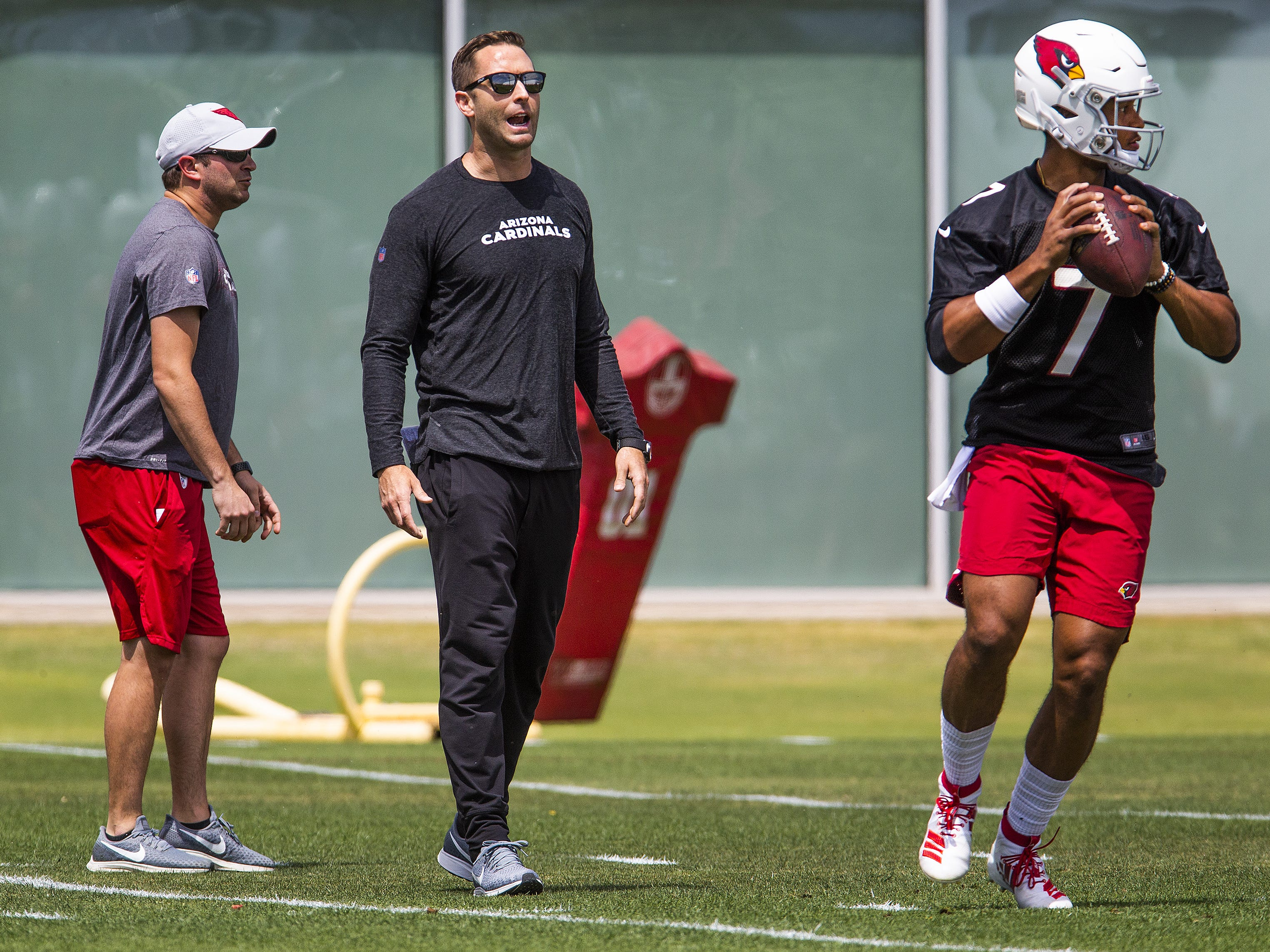 Arizona Cardinals head coach Kliff Kingsbury watches the practice of quarterback Brett Hundley, Tuesday, April 23, 2019. Hundley, a former Chandler High School standout, was signed this offseason by the Cardinals.