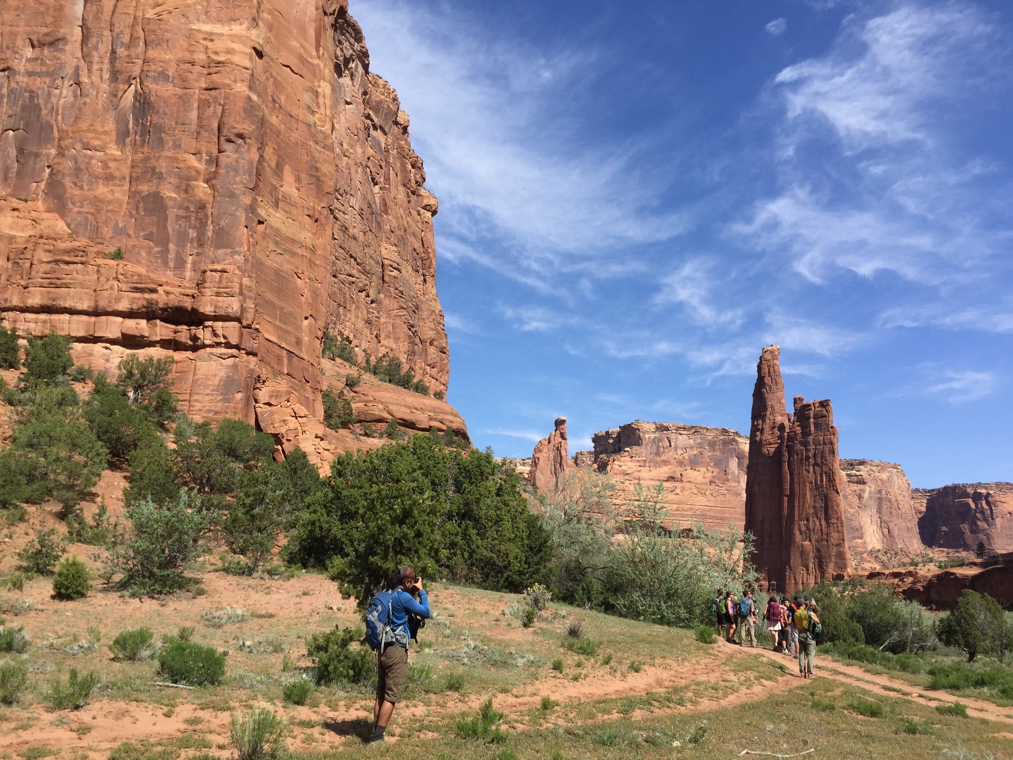 Those who hire guides can learn much of the history and culture of Canyon de Chelly.