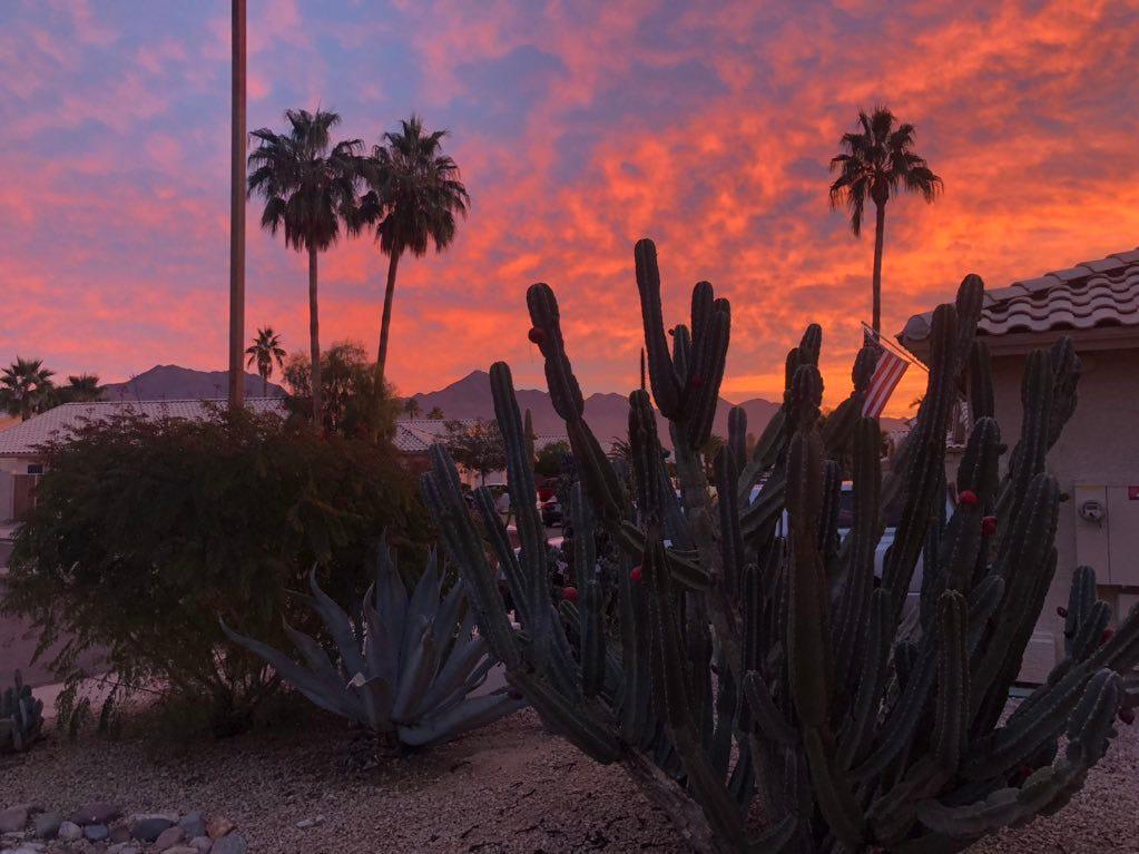 Arizona sunrises are not so bad.