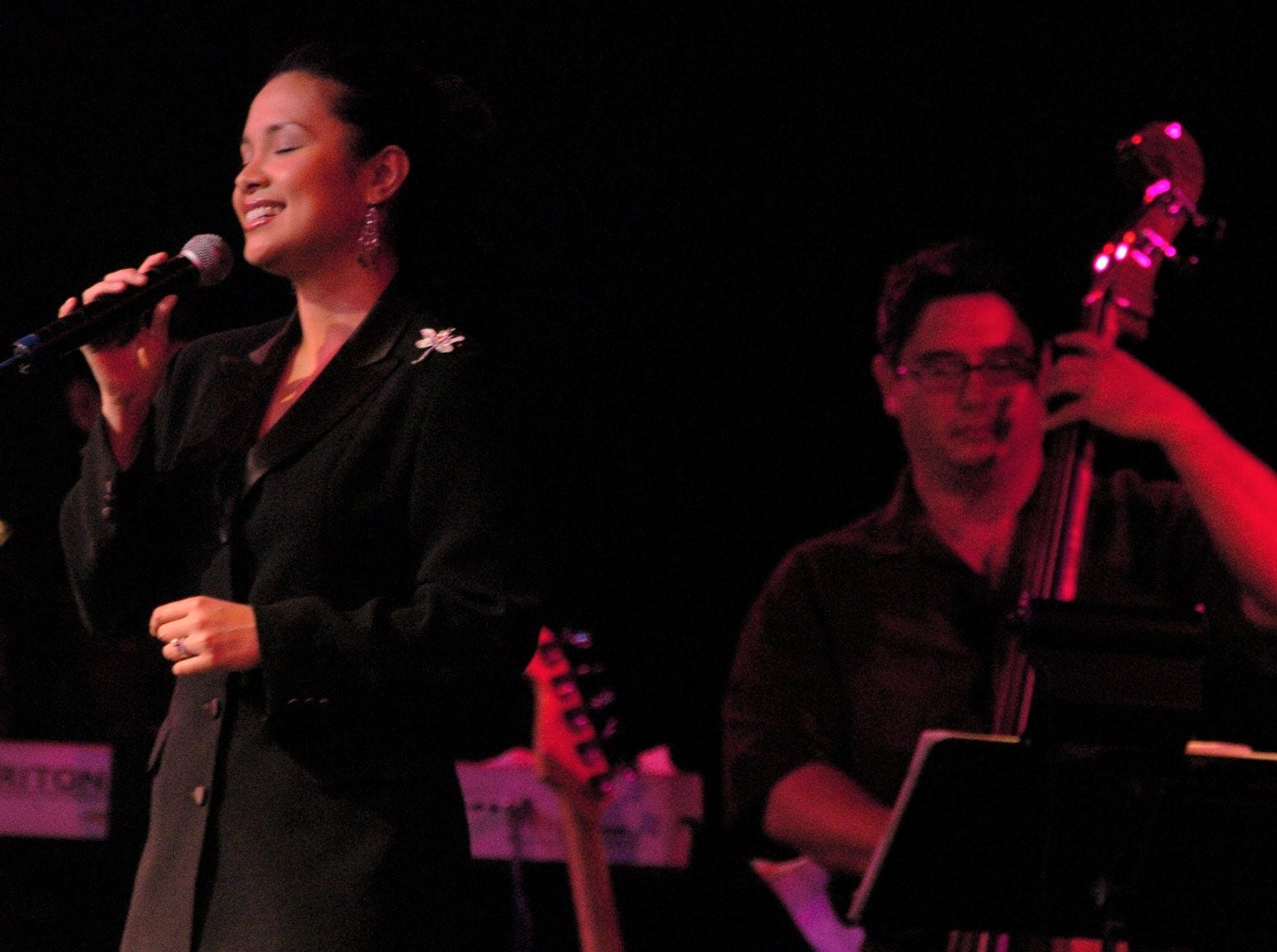 Award--winning actress and singer Lea Salonga performs before an audience  at the University of Guam Fieldhouse in Mangilao in 2000.