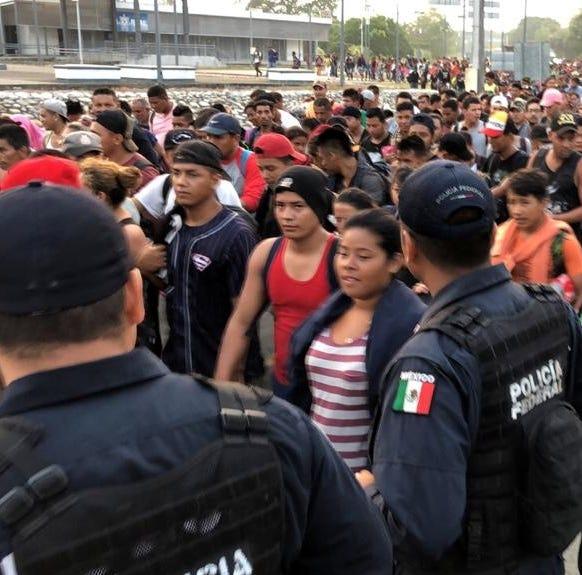 Inquietud en la caravana migrante tras una redada en México