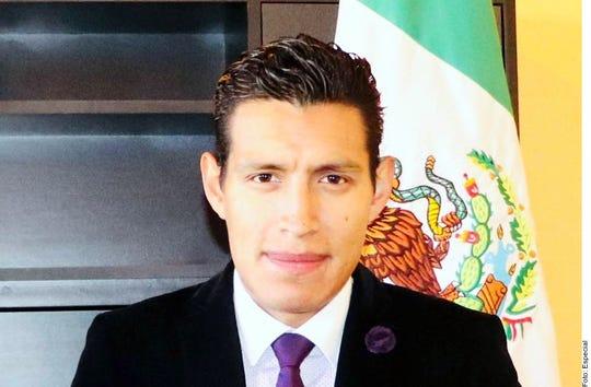 El cuerpo del Alcalde de Nahuatzen, Michoacán, David Otlica Avilés, indicó la agencia Quadratín, fue localizado en las inmediaciones de la localidad de Las Mesas, en el Municipio de Coeneo.
