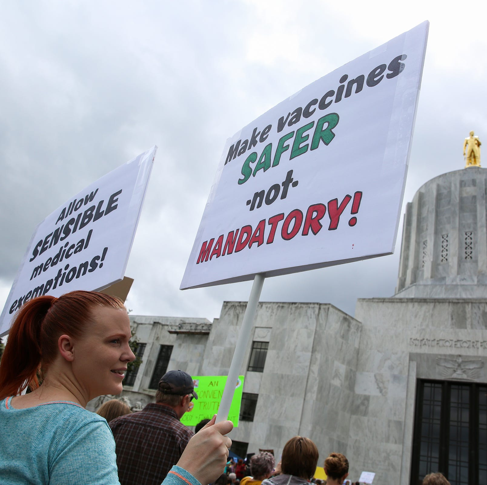 Vaccination exemption bill clears committee, heads to Oregon House vote