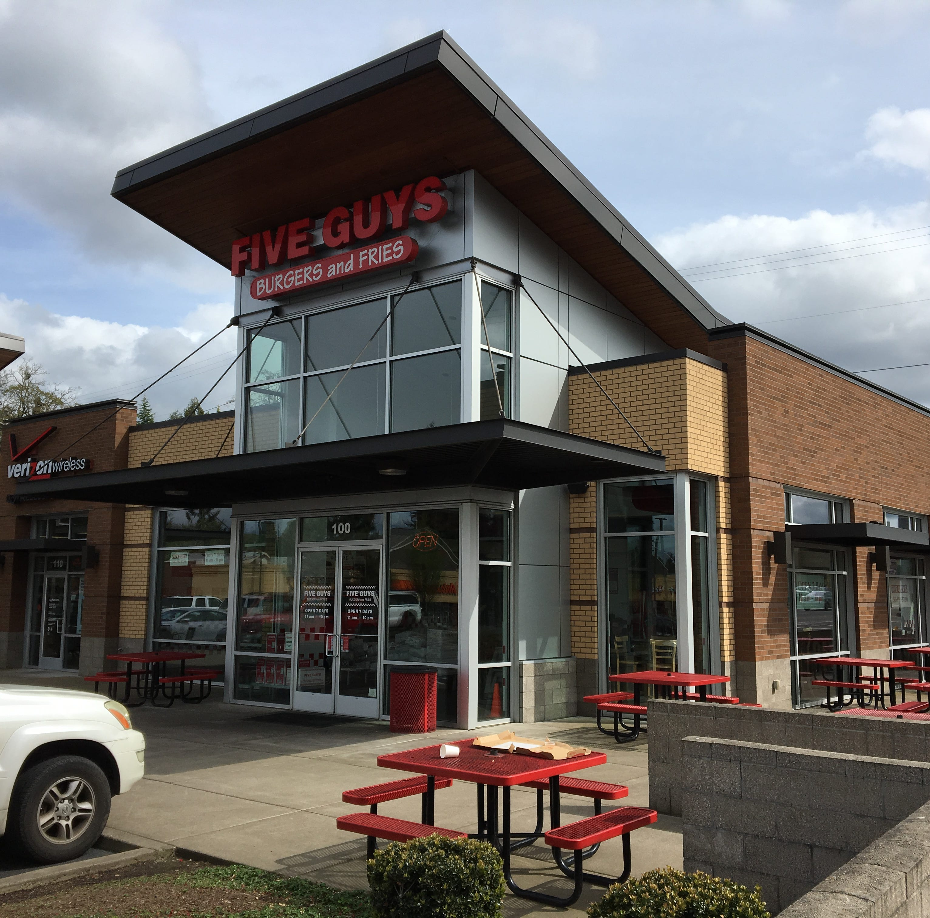 Restaurant inspections: Five Guys, Bibimbap House, Subway