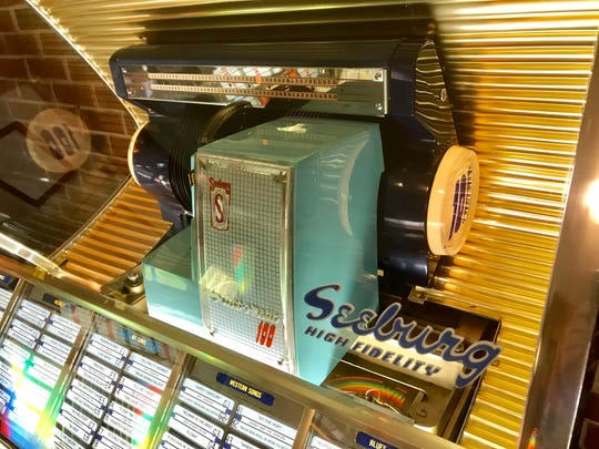 "This 1954 Seeburg jukebox, which might have been on an episode of ""Night Gallery,"" has been acting very strange."