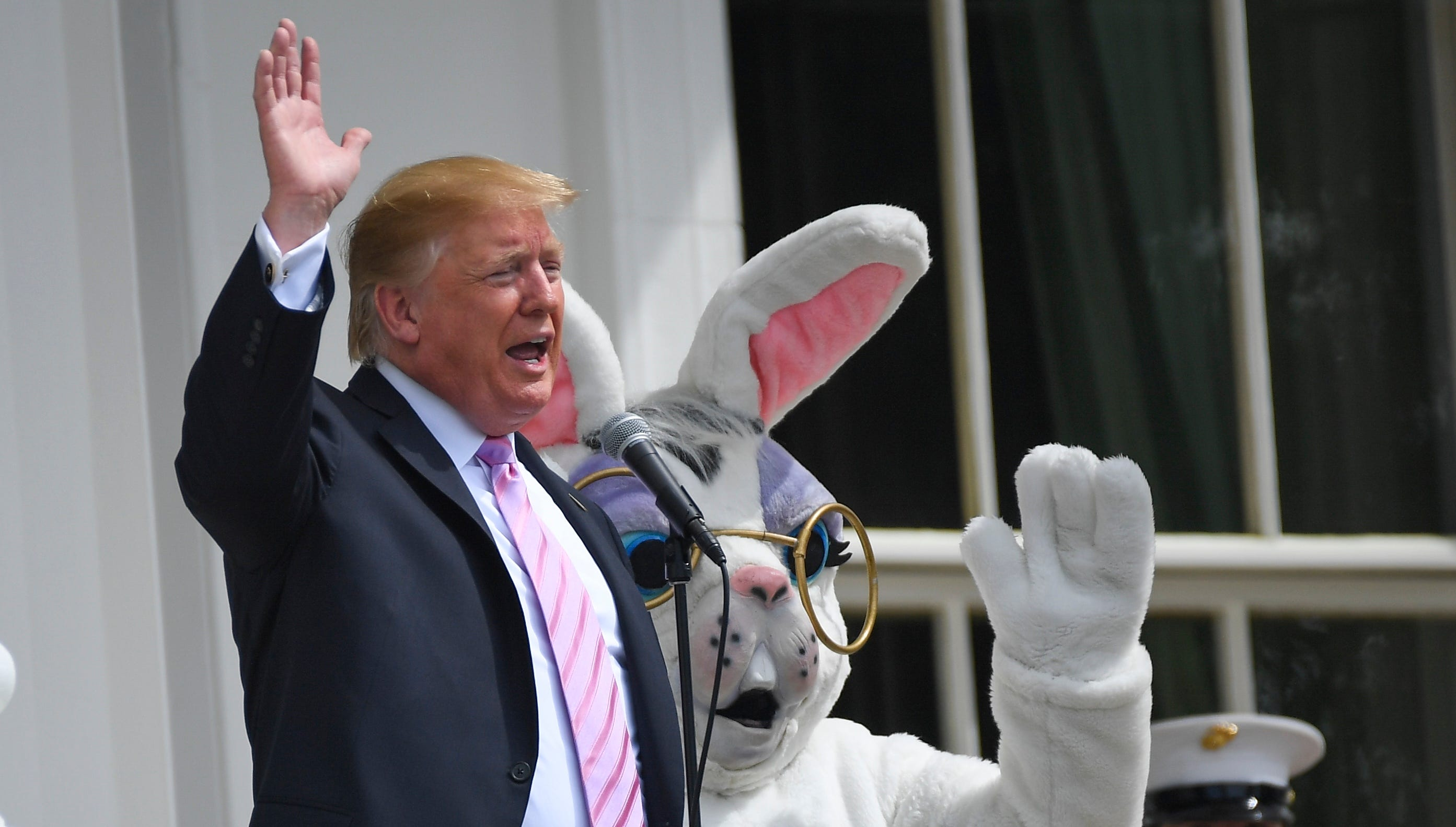 President Donald J. Trump waves following his remarks at the 2019 White House Easter Egg Roll on April 22, 2019.