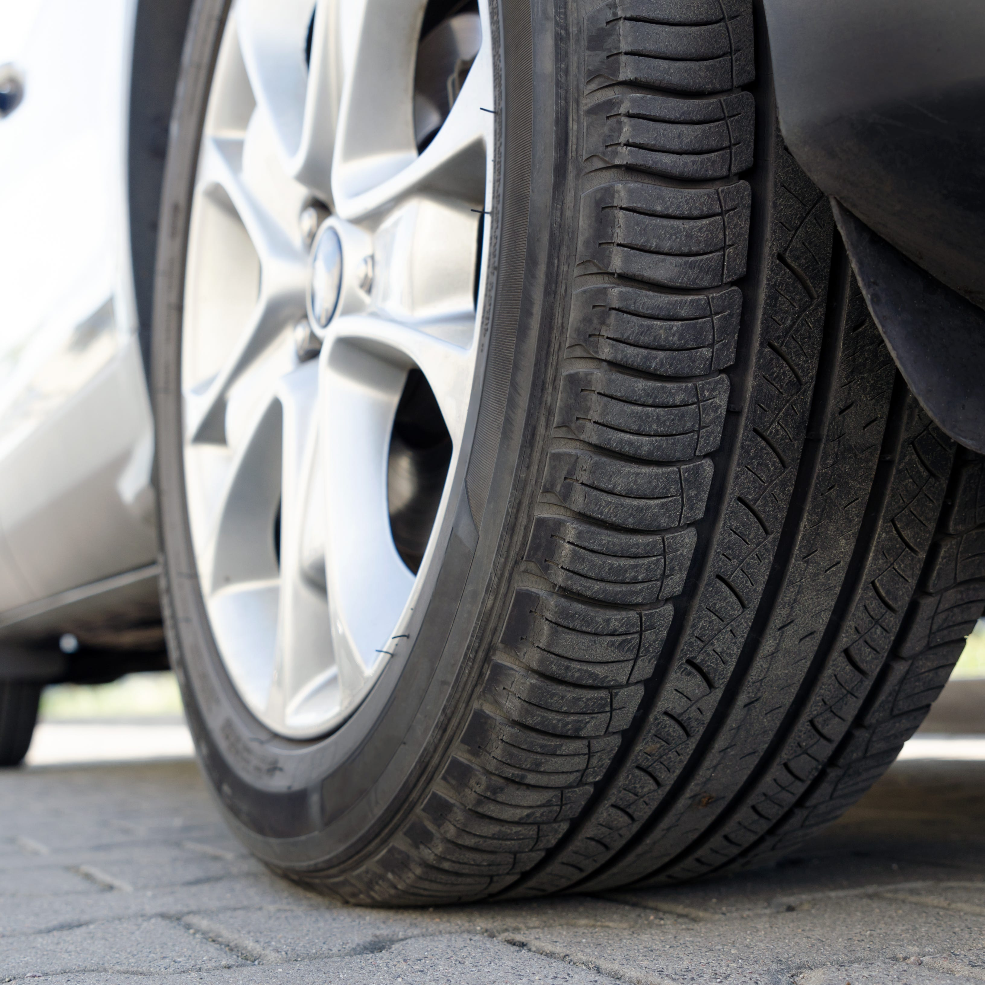 Chalking tires to enforce parking rules is unconstitutional, court says
