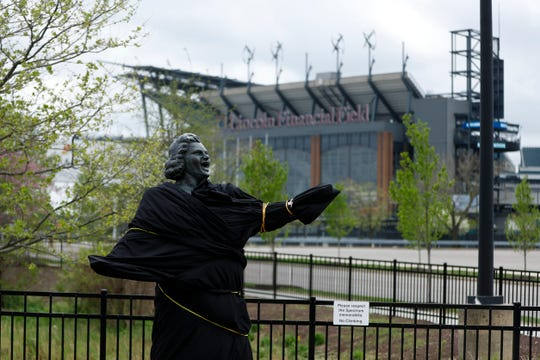 "The Philadelphia Flyers covered and then removed a statue of singer Kate Smith outside their arena, following allegations of racism against the woman who recorded ""God Bless America."""