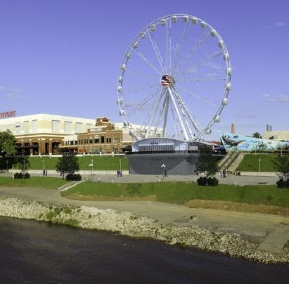 Newport SkyWheel gets key approval from city leaders