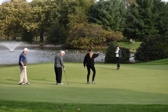 Golfers race to starting tees at a recent SCBP Golf Outing