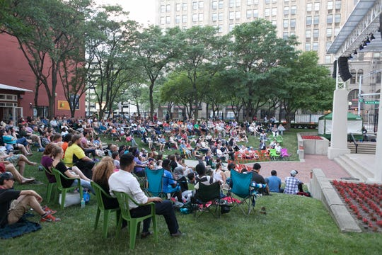 Hundreds of people took in Shakespeare In Detroit's production of William Shakespeare's 'Macbeth' at New Center Park in Detroit in 2015. In August, the Detroit Actor's Theatre Company will offer a free performance of 'Dreamgirls' at the park.