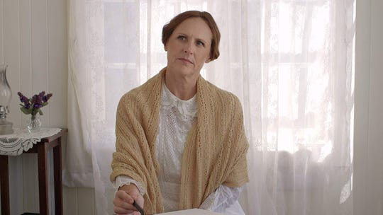 """Molly Shannon in """"Wild Nights with Emily."""""""