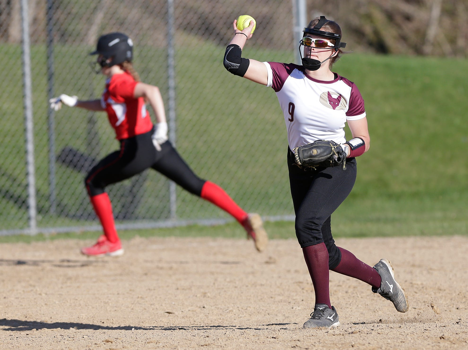 Lomira High School softball plays against Omro High School during their game Tuesday, April 23, 2019 in Lomira, Wis. Doug Raflik/USA TODAY NETWORK-Wisconsin