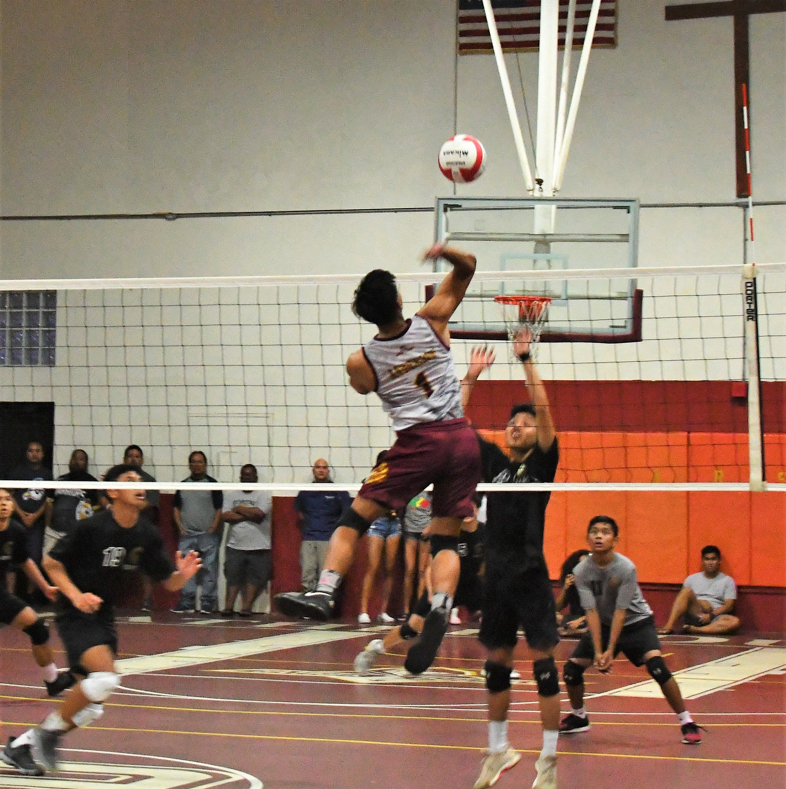 Friars beat Titans in straight sets, remain unbeaten in high school volleyball