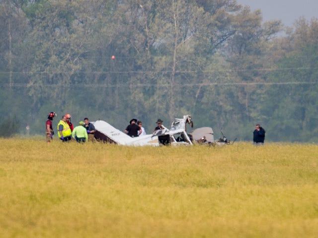 Small plane crash at Henderson airport kills two
