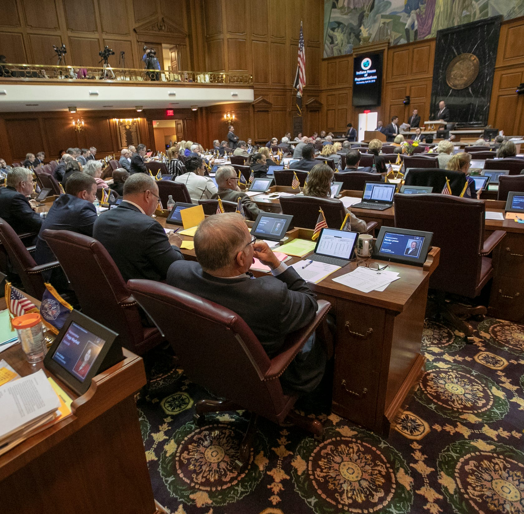 Here are 7 big issues Indiana lawmakers faced at the end of the General Assembly