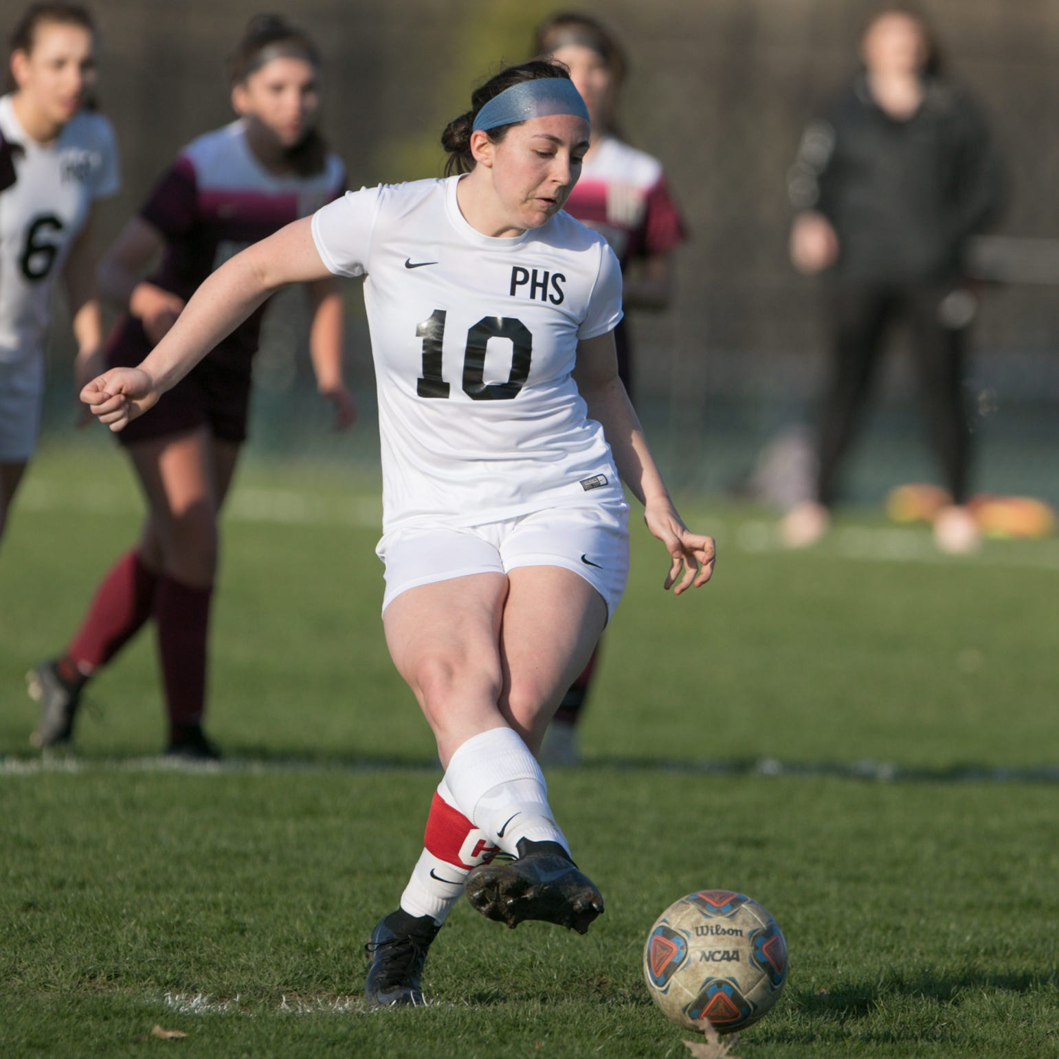 First-place Pinckney not satisfied with soccer tie at Dexter