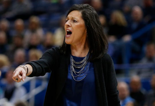 Jan 30, 2016; Hartford, CT, USA; Memphis Tigers head coach Melissa McFerrin reacts from the sideline against the Connecticut Huskies in the first half at XL Center.