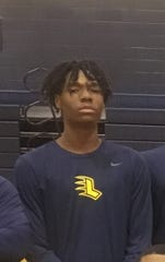 Alden Applewhite is a sophomore at Lausanne Collegiate School
