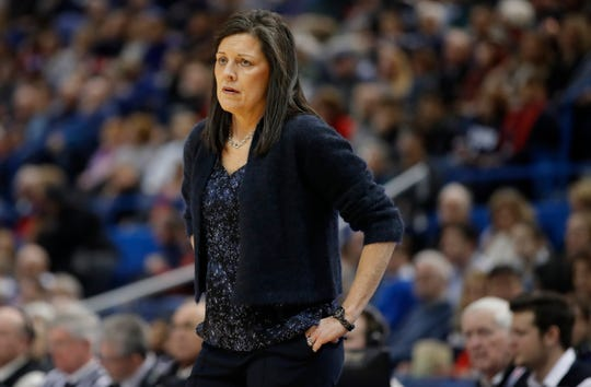 Dec 31, 2017; Hartford, CT, USA; Memphis Lady Tigers head coach Melissa McFerrin watches from the sideline against the Connecticut Huskies in the first half at XL Center.