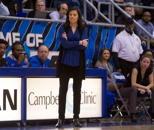 Jan 24, 2018; Memphis, TN, USA; Memphis Lady Tigers head coach Melissa McFerrin during the first half against the Connecticut Huskies at Elma Roane Field House.