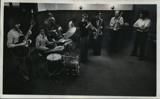 Marty Ellis (right) oversees a jazz ensemble at the Wisconsin Conservatory of Music in the 1970s. On trumpet is Brian Lynch, who went on to win a Grammy, and will participate in a tribute concert for the 86-year-old Ellis Saturday with three other former students.