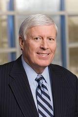 Veteran Milwaukee-area bank executive David Baumgarten has joined Old National Bank.