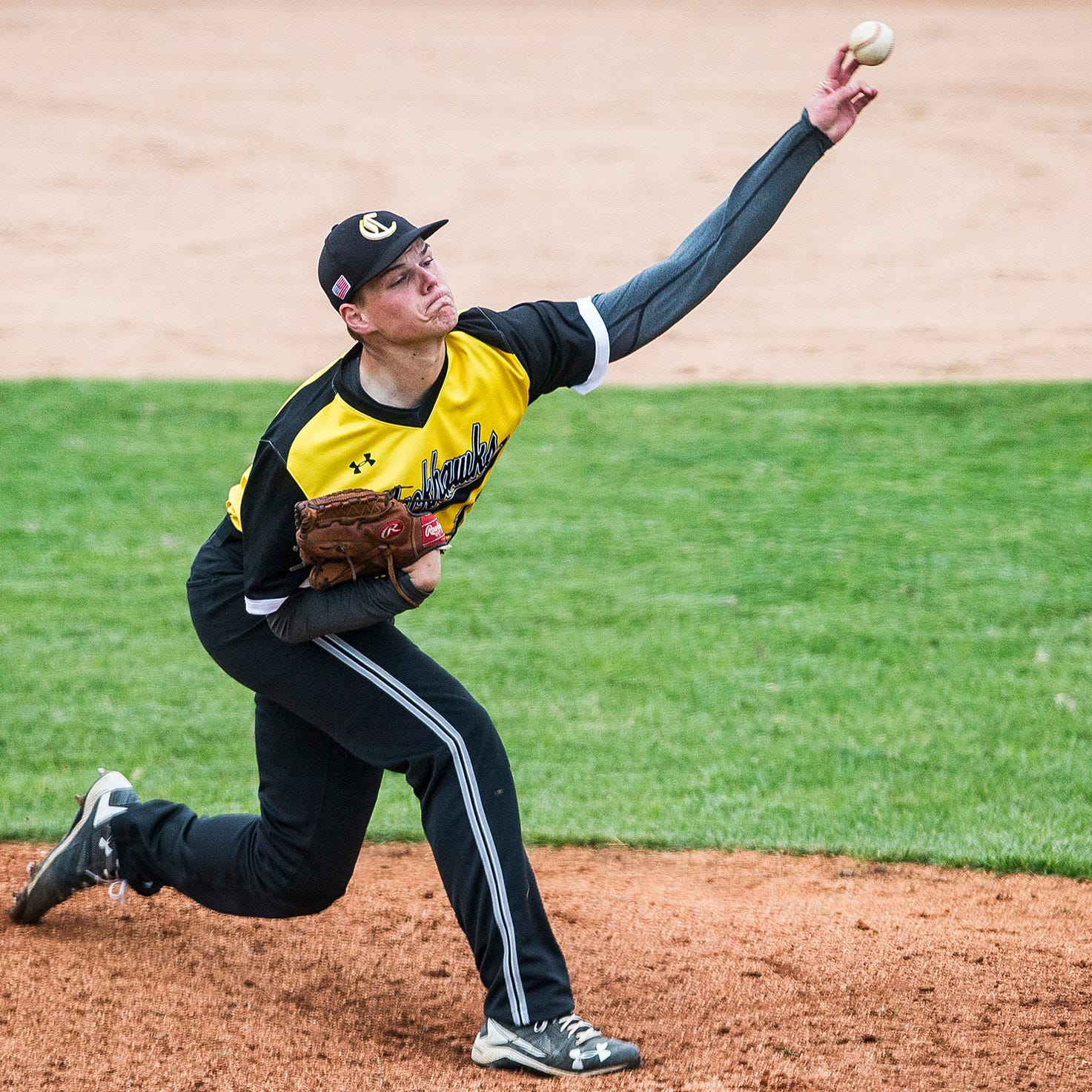 'A different pain': Tommy John surgery forced Cowan pitcher off the mound, now he's back