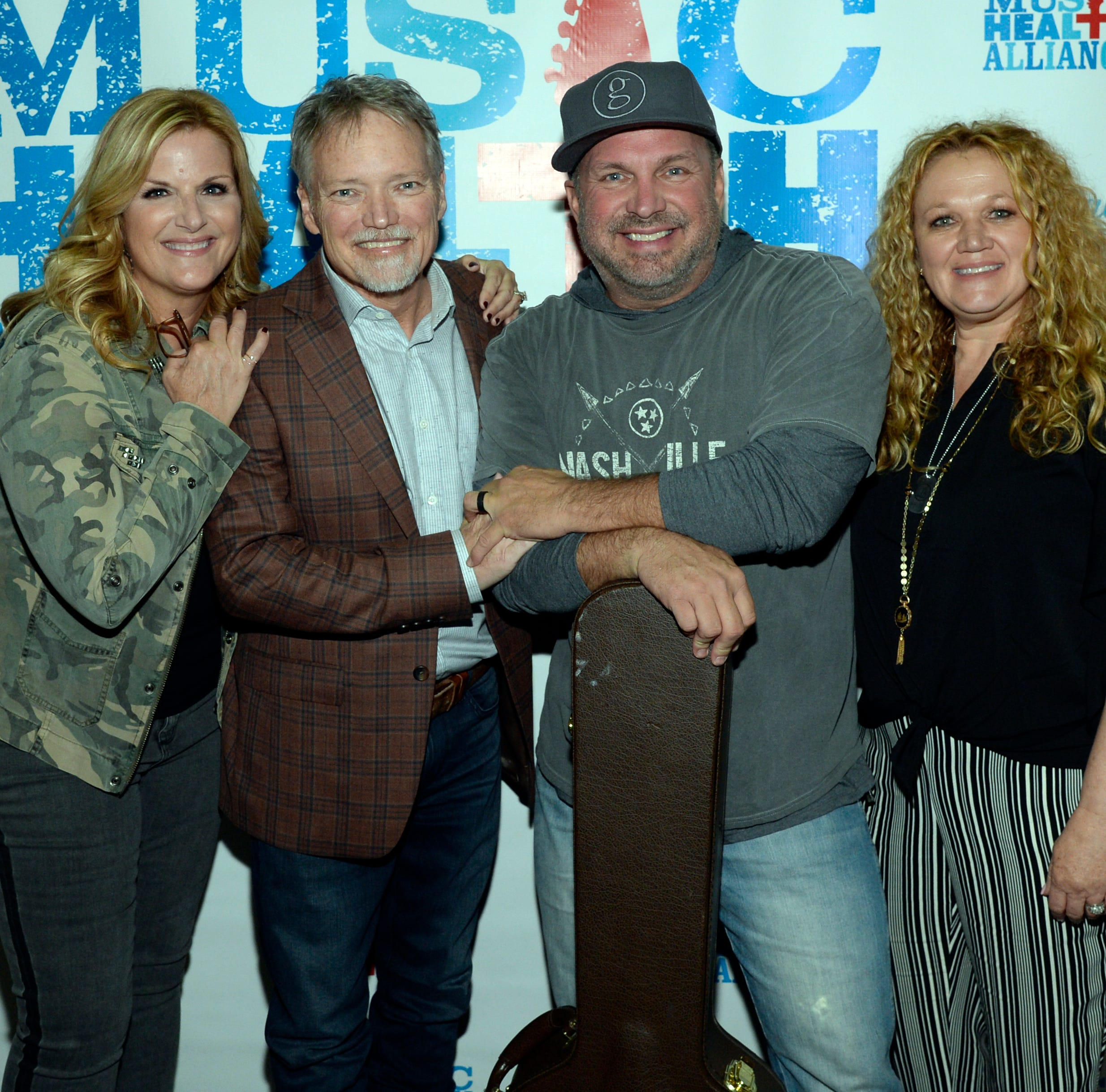John Berry's gets boost from Garth Brooks, Trisha Yearwood, Vince Gill, at cancer benefit