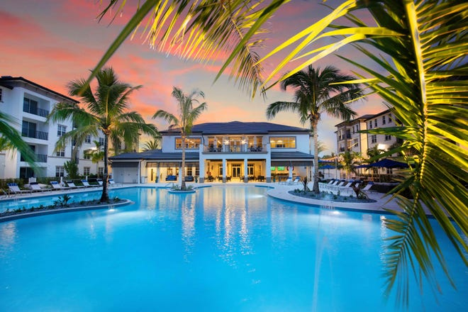 Inspira's amenities include a two-story, 9,872 square foot clubhouse with a 6,000 square foot resort-style pool and spa.
