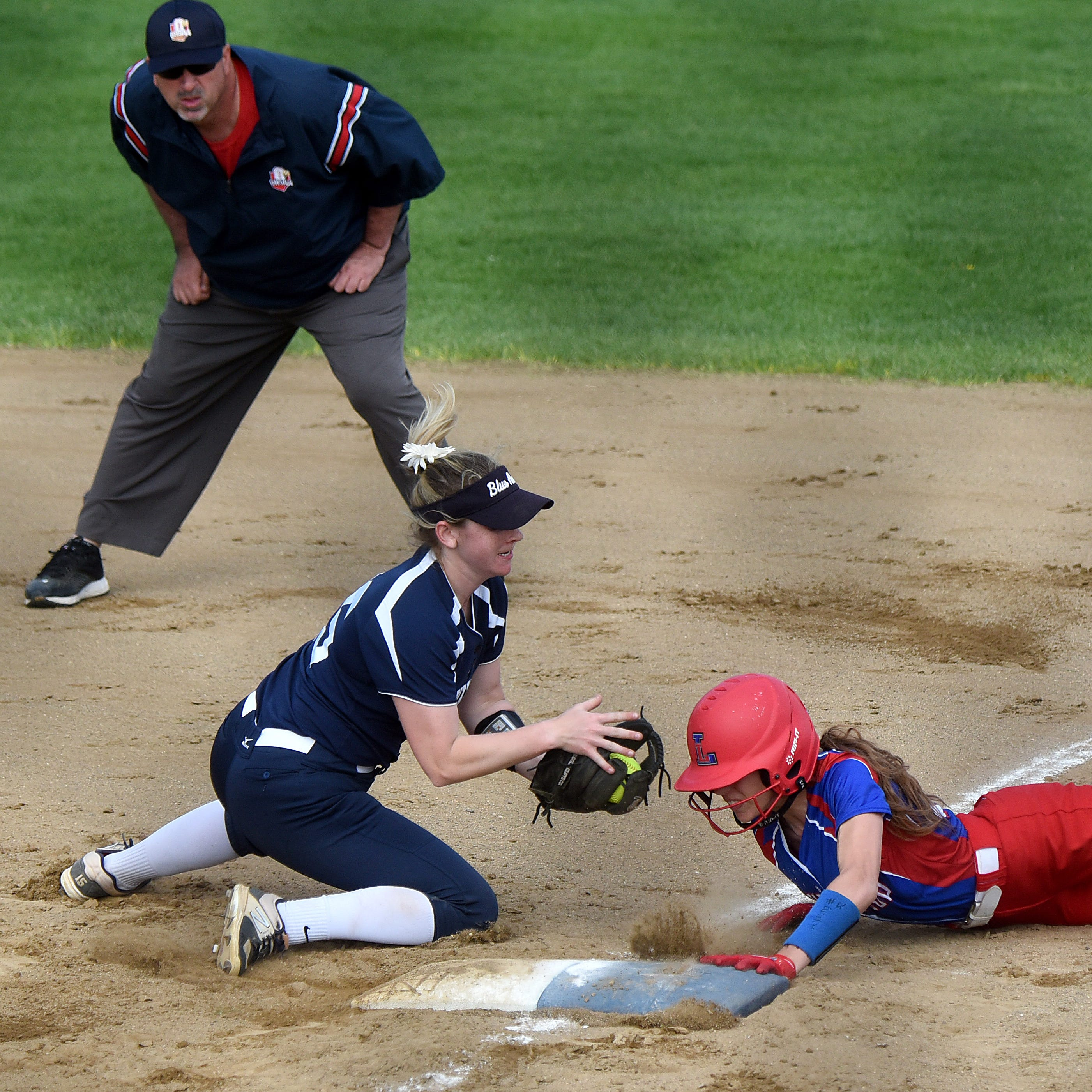 Lakewood softball continues two-out lightning against Granville