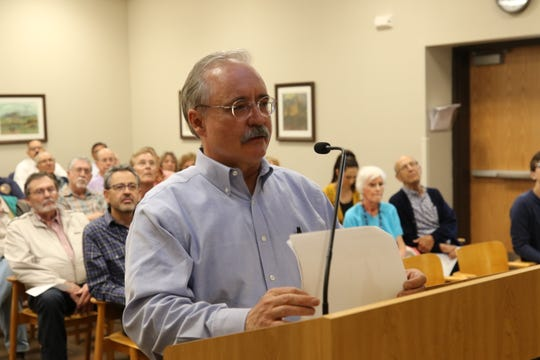 Wood Project manager Dan Kwiecinski discusses the project to remediate the Carlsbad Brine Well, April 23, 2019 at the Carlsbad Municipal Annex.