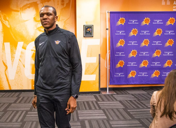 Phoenix Suns General Manager James Jones leaves a press conference at Talking Stick Resort Arena, Wednesday, April, 24, 2019.  Jones answered questions about the search for a new coach for the NBA team.