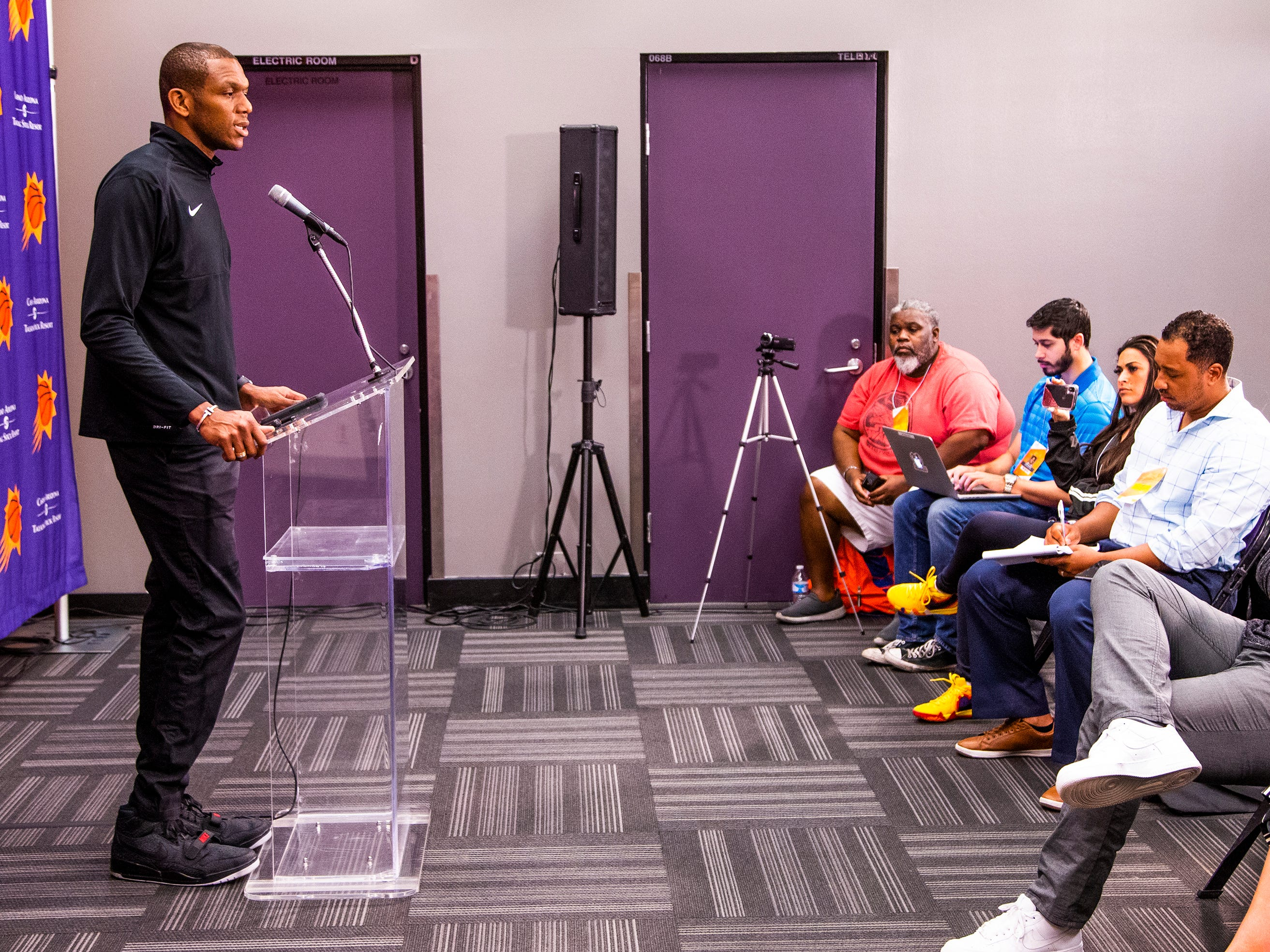 Phoenix Suns General Manager James Jones addresses the media during a press conference at Talking Stick Resort Arena, Wednesday, April, 24, 2019.  Jones answered questions about the search for a new coach for the NBA team.