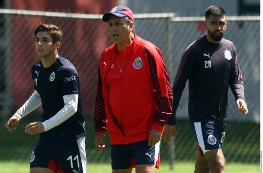 Tomás Boy alista a su equipo para enfrentar al líder León.