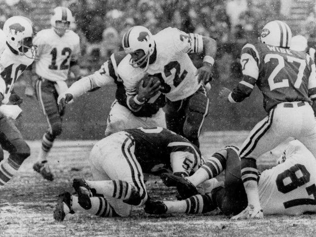 c726162e311 Buffalo Bills  O.J. Simpson jersey number 32 given to Senorise Perry